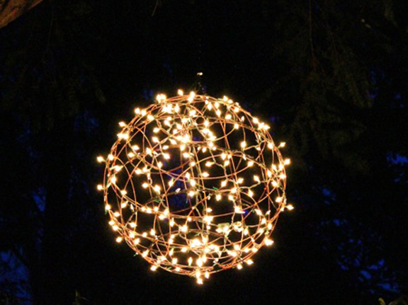 Mcmillan Design Inc Product Development Idea : outdoor light spheres - www.canuckmediamonitor.org